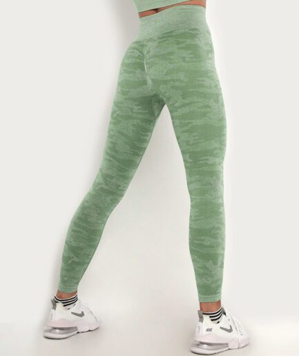 Seamless High Waist Women's Camo Leggings For Gym-in green color